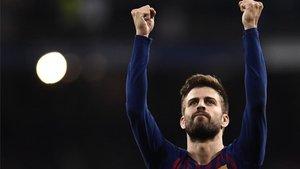 Gerard Piqué celebró por todo lo alto el triunfo en el Bernabéu