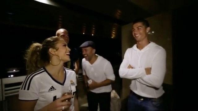 Jennifer López presentó a su prima a Cristiano Ronaldo