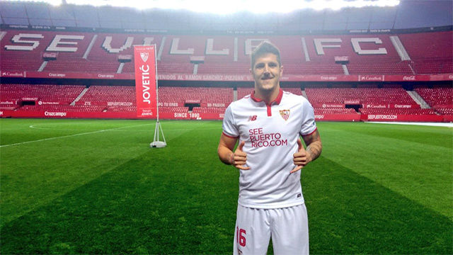 Jovetic, presentado con el Sevilla