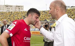 Popovic consoló a sus futbolistas