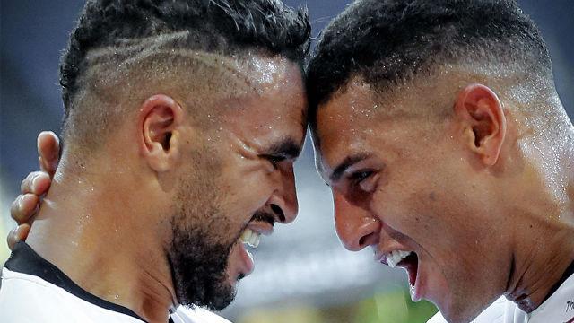 El Sevilla supera a la Roma para meterse en cuartos