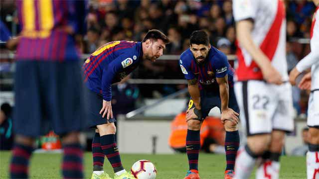 El truco del FIFA que evitó un golazo de falta de Messi