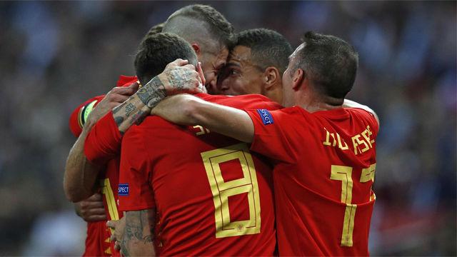 Vea las mejores imágenes del partido entre Inglaterra y España