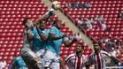 Chivas y Querétaro empatan en la décima jornada del fútbol mexicano