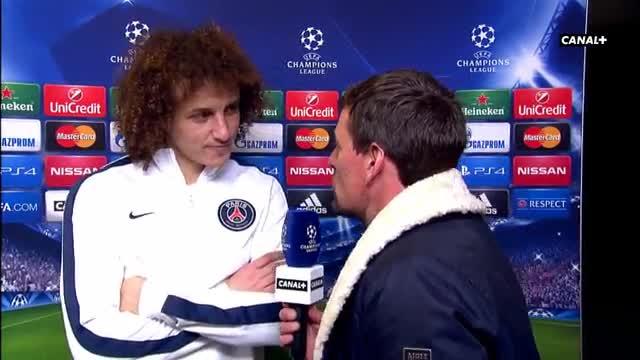 Barcelona 'eye David Luiz move'