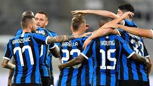 El Inter Milán manda al descanso (ES)