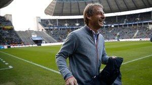 Klinsmann podría no dirigir el partido contra el Bayern de Múnich