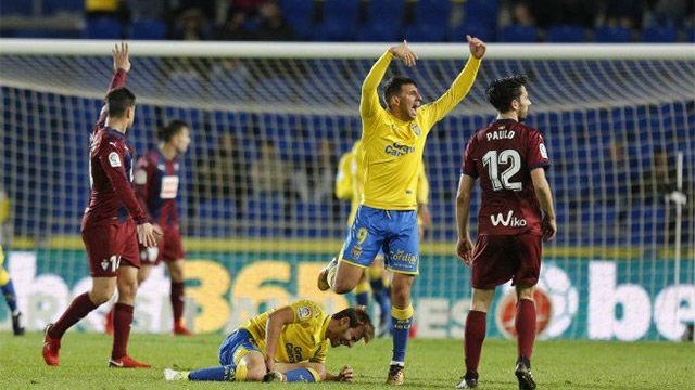 LALIGA | Las Palmas - Eibar (1-2): Grave lesión de Samper