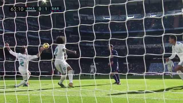 LALIGA | Real Madrid - FC Barcelona (0-3): Penalti y expulsión de Carvajal