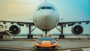 Lamborghini Huracán RWD Follow-me.
