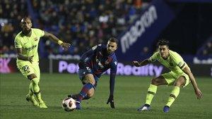 El Levante, pese a su victoria en la ida, fue eliminado por el Barcelona en los cuartos de final de la Copa del Rey