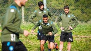 Los jugadores del Nápoles durante una sesión de entrenamiento
