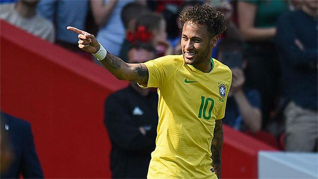Neymar habló de ídolos como Ronaldo, Zico o Romario
