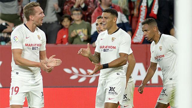 Por fin llegó el gol de Luuk de Jong: así se estrenó en LaLiga y dio la victoria al Sevilla
