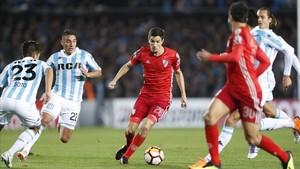 Racing y River Plate empatan en la ida de octavos de Libertadores