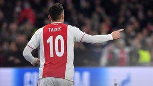 Tadic, protagonista con un doblete ante el NAC