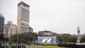 Una de las pantallas en las que se transmitirán los partidos del Mundial en Buenos Aires