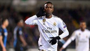 Vinicius celebra su primer gol en la Champions League