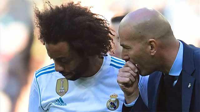 Zidane defiende a Marcelo y no piensa en venderle