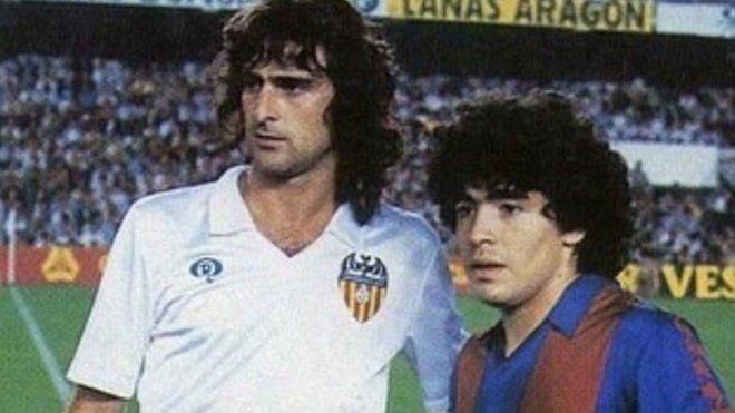 Cuando el Barça buscó agua milagrosa en Castellón para curar a Maradona