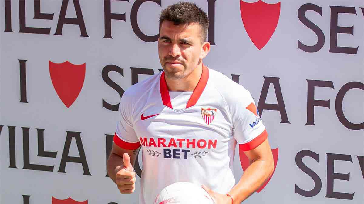 El argentino Marcos Acuña presentado como nuevo jugador el Sevilla FC