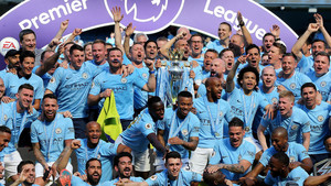 El City de Guardiola celebra la consecución de la Premier League
