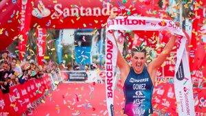 Histórica victoria de Laura Gómez en el Barcelona Triathlon by Santander