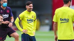 Leo Messi, durante el entrenamiento de este viernes en la Ciudad Deportiva Joan Gamper
