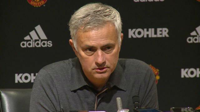 Mourinho rajó de su equipo