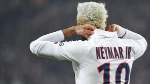Neymar, siempre saliendo al rescate