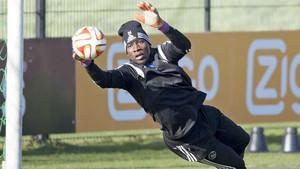 Onana se consolida en la portería del Ajax