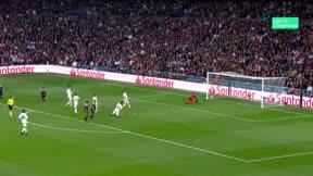 Ni el VAR ayudó al Madrid esta vez: El vídeo del polémico gol de Tadic