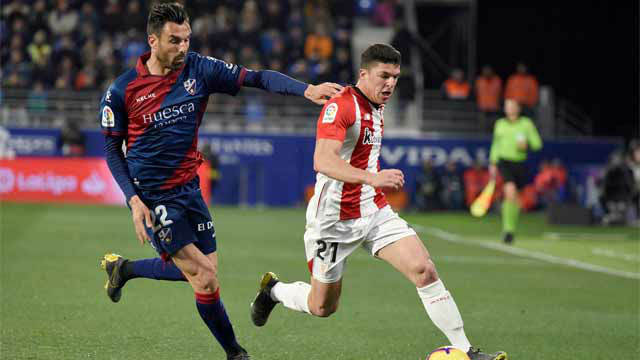 El Athletic se lleva los tres puntos ante un Huesca que mereció más
