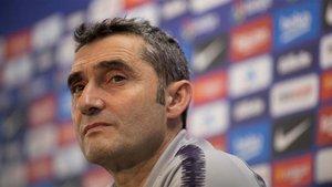 Ernesto Valverde, compareciendo ante los medios de comunicación