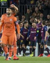 Las mejores imágenes del partido de vuelta de octavos de final entre el FC Barcelona y el Olympique Lyon disputado en el Camp Nou.
