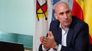 Luis Rubiales seguirá al frente de la Federación