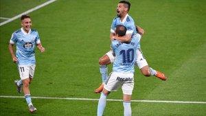 Nolito y Aspas celebrando el primer gol de la noche