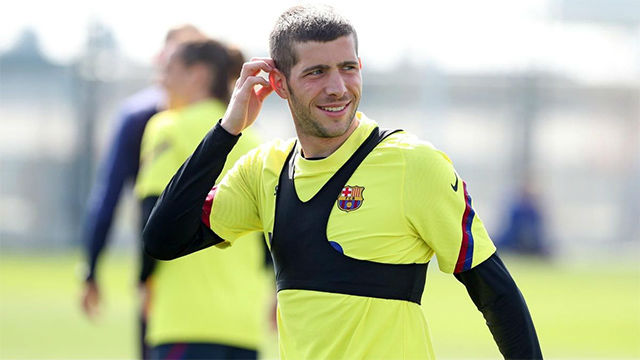 Sergi Roberto, novedad en el entrenamiento del FC Barcelona
