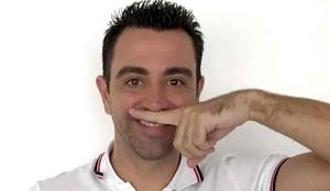 Xavi apoya la campaña Cap nen sense bigoti