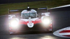 Alonso pilotó el Toyota durante la clasificación