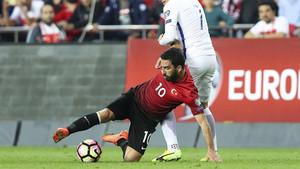 Arda Turan, lesionado. El virus FIFA sigue causando estragos en las filas del FC Barcelona