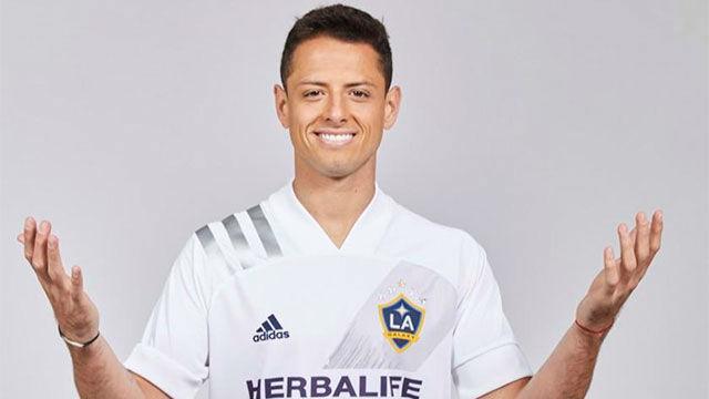 Chicharito firma por Los Ángeles Galaxy