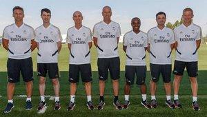 Dupont, el segundo por la izquierda en el staff técnico del Real Madrid