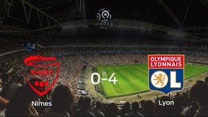 Goleada del Olympique Lyon en el estadio del Olimpique de Nimes (0-4)