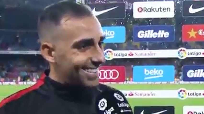 Paco Alcácer, feliz por su doblete