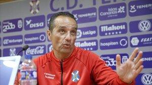 Recientemente, José Luis Oltra ha dejado de ser entrenador del Tenerife