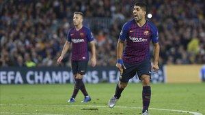 Suárez y Arthur, en el partido ante el Inter