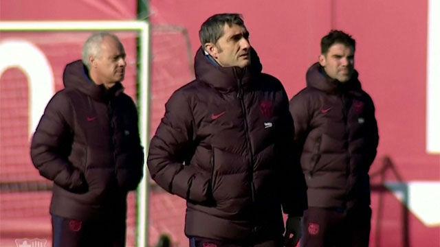 Valverde dirigió el entreno del Barça con su futuro pendiente de un hilo