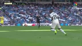 Vinicius emula una de las mejores jugadas de Ronaldinho con una brutal espaldinha ante el Villarreal