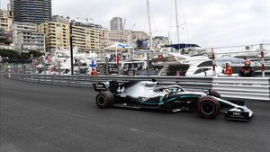 xortunomercedes british driver lewis hamilton drives dur190523133334